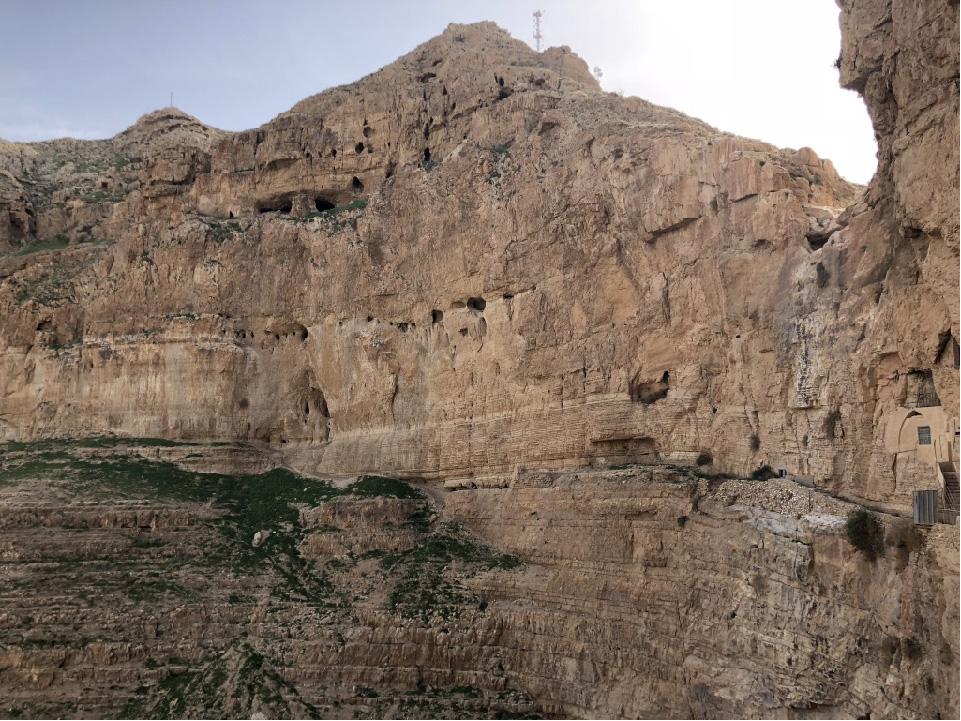 Massive vadose zone in limestones, Israel